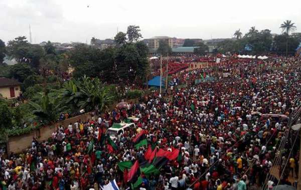 BIAFRA: TROUBLE LOOMS AS IPOB THREATENS TO RESUME PROTEST WORLDWIDE